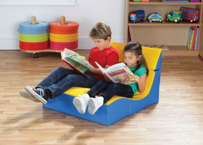 Cube Seating – Double Seat Seating & Positioning Size Folded Size: W72 x D49 x H30cm Unfolded Size: W72 x D76 x H48cm