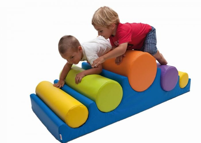 Cylinders Mountain Activity Trails Size 135 x 60 x 45cm